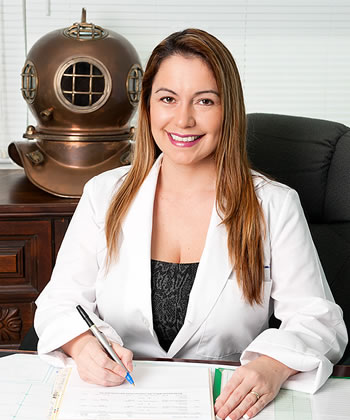 Dr. Vicky Rodas Tunicliffe